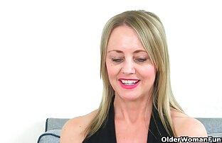 Langbeinige raven-haired babe finger ficken reife porn tube zum Orgasmus
