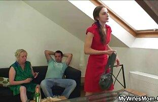 big ass brunette bombshell reißt Ihre nasse vagina. reife frauen kostenlose videos