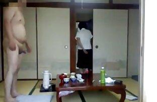Geile Shemale saugt den Schwanz ihres reife bbw frauen Zimmergenossen
