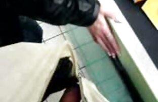 Sexy nackte reife frauen video Sekretärin Streifen aus Höschen Finger pussy in schwarzen nylons und heels