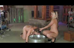 Böse Küken wird porno filme von reifen frauen von hinten geknallt