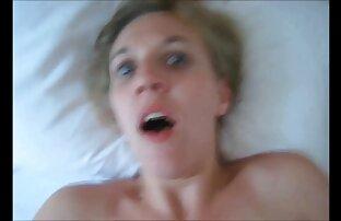 Sexy reife frau sex film UK Mädchen genießen eine bukkake-party.