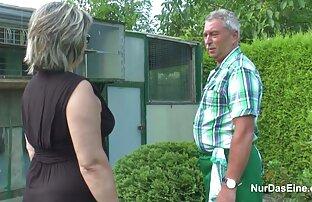 Модель VIXEN ебеться с агентом reife frauen free video чтобы получить желаемое