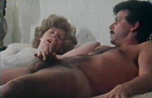 Cute blonde saugt Sascha reife frauen sex video im Büro