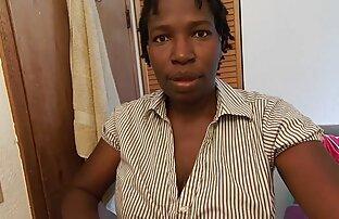 Trans Teen Alice Marques Nimmt eine reife frauen sex video Maschine Montiert Dildo mit Jungen BFs Hilfe