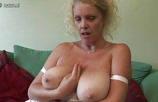 Heiße Blondine ist sehr nass nach dem Masturbieren reife damen kostenlos erotische videos mit Vibrator zum pulsierenden Orgasmus