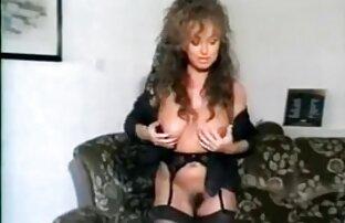 Intensive pussy reiben video von reifen frauen mit Orgasmus